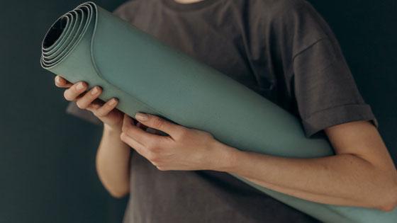 """โพสต์รูปภาพ ออกกำลังกายที่บ้านในยุคนิวนอร์มอล เสื่อโยคะ Yoga Mat  - ออกกำลังกายที่บ้านในยุค""""นิวนอร์มอล"""""""